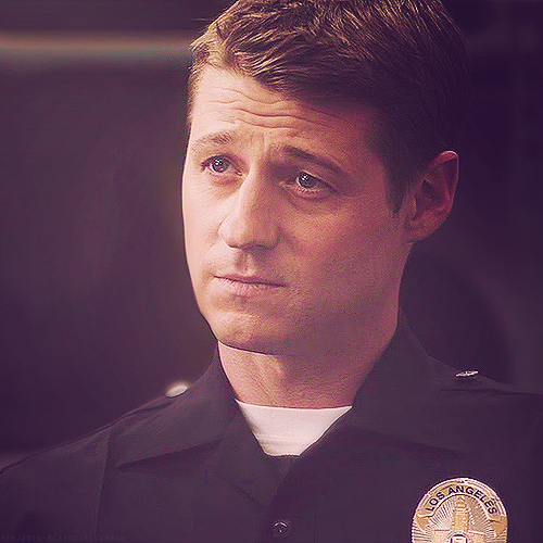 Benjamin McKenzie Appreciation Blog
