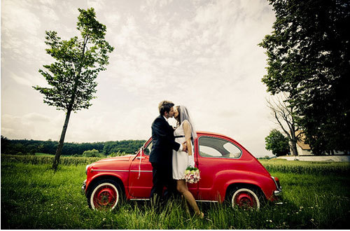 Retro-wedding-couple-fiat_large