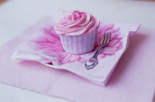 Cupcakes-cute-flower-mini-pink-favim.com-345627_large