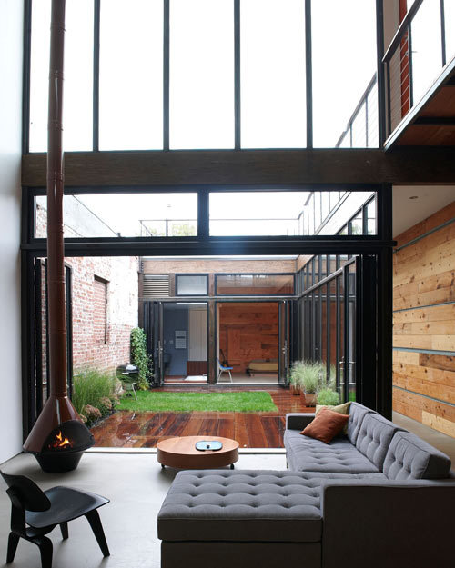 Mesh-atrium-house-2_large