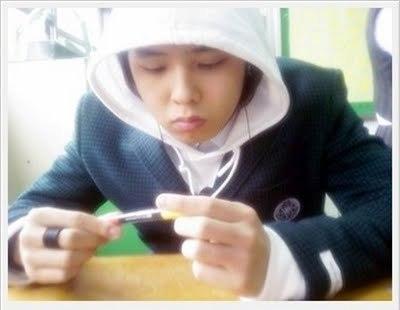 G Dragon Debut Bigbang s G Dragon image