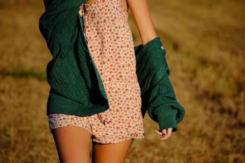 Cardigan-girl-green-summer-tan-favim.com-349692_large