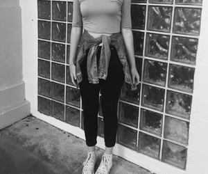 b and w