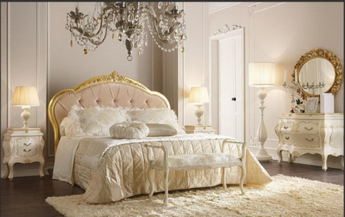Luxury White For Classic Elegant Bedroom With Vintage Furniture Large