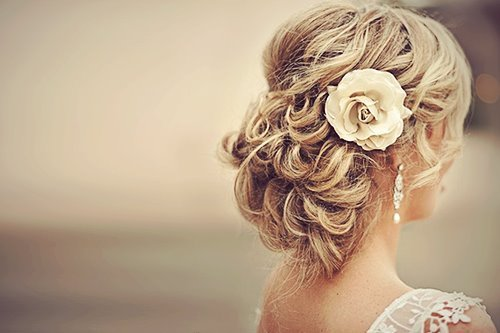 Bun-flower-girl-girly-hairs-favim.com-352214_large