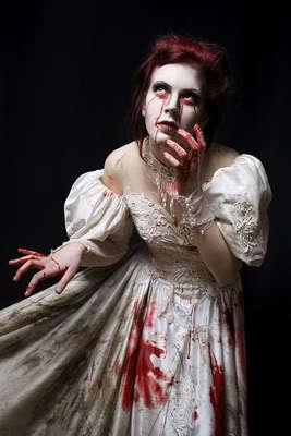 Acidicdivinity-beauty-blood-bride-dark-deviant-art-favimcom-107051_large