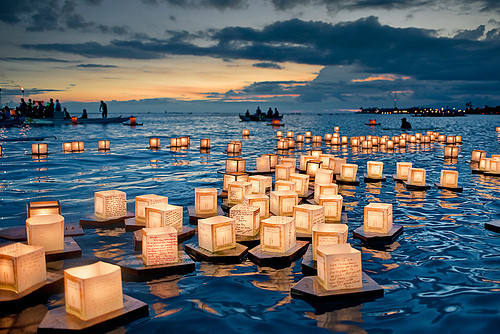 Lights___candles_sky_twilight_water-17d4226d8d25feb92403d8ab994833dd_h_large