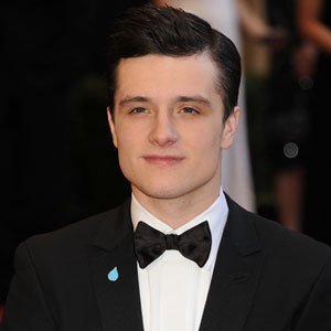 http://data.whicdn.com/images/26478937/peeta-mellark-recast-josh-hutcherson_large.jpg