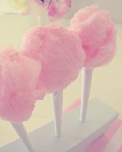 Pink_cotton_candy_large