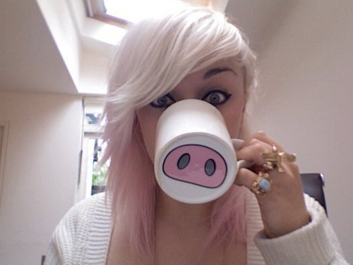 Blonde-cup-cute-girl-pig-favim.com-359023_large