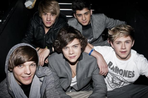 One-direction-one-direction-18347315-615-410_large