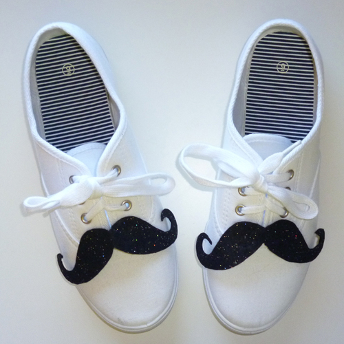 Dream {a Little} BIGGER - Craft! - Shoestaches - Moustaches for your Shoes!