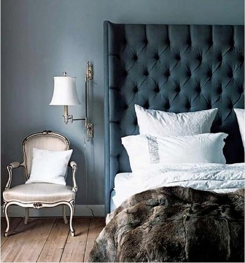 Add Some Dark Drama to the Bedroom | Apartment Therapy