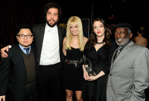 2012_people_choice_awards_backstage_audience_zij7y3ywav4l_large