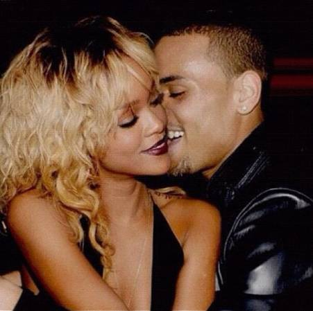 Rihanna_birthday_cake_remix_chris_brown_listen_official_large