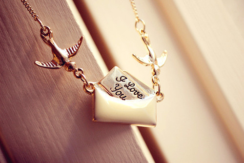 Forever_2021_20gold_20i_20love_20you_20necklace-f99906_large