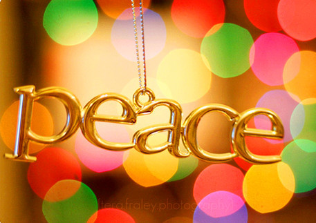 Gold_20peace_20necklace-f11772_large