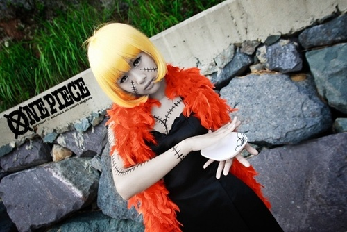 One-Piece-Cosplay-001-Cheyu-as-Victoria-