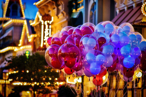 Colors-disney-disneyland-favim.com-301584_large