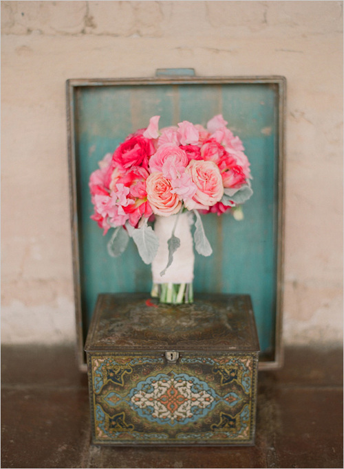 Pink_wedding_bouquet-kelly-oshiro-elizabeth-messina_large