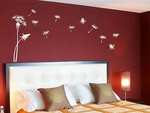 Bedroom Ideas on Bedroom Decorating Ideas With Red Wall Decals   Home Architecture
