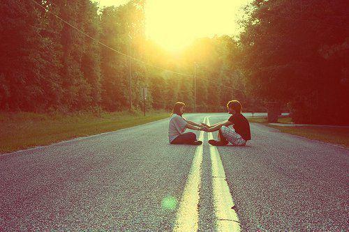 Couple-light-love-nature-photography-favim.com-402336_large