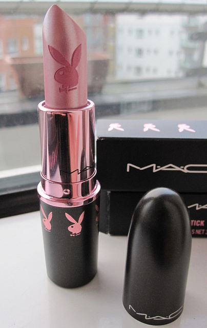 Beauty-bunny-lip-stick-mac-make-up-favim.com-402701_large