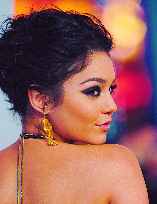 Beautiful-girl-hair-pretty-vanessa-hudgens-favim.com-404537_large
