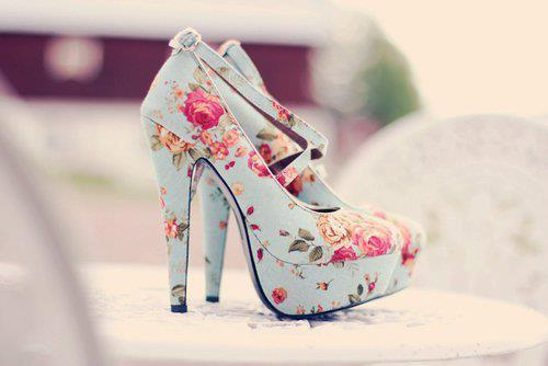Blue-fashion-floral-girl-girly-favim.com-404466_large