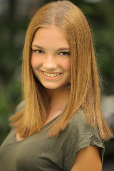 Breanne Female Teen Model Actress Resume Pictures