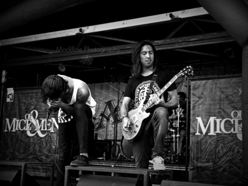 Band-black-and-white-hardcore-music-of-mice-and-men-favim.com-316962_large