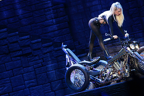 THE BORN THIS WAY BALL : 29,3 MILLIONS $ DEJA !