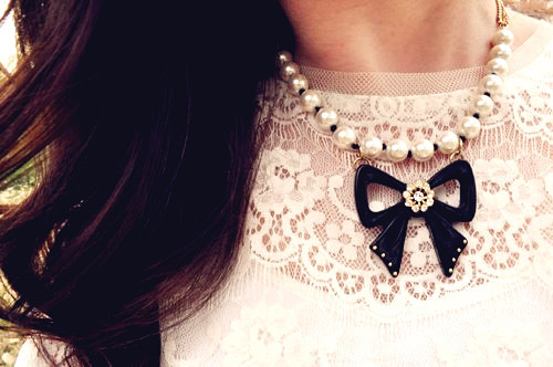 Black_20bow_20pearl_20necklace-f64216_large