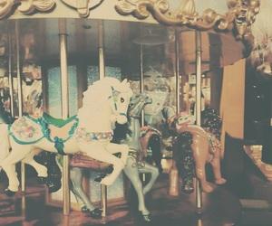 merry go round、carousel