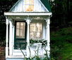 {this is glamorous}: {pure romance: a tiny victorian cottage}