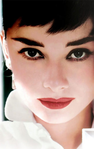 Audrey-hepburn2_large