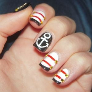 Nautical-motifs-nails-art_large