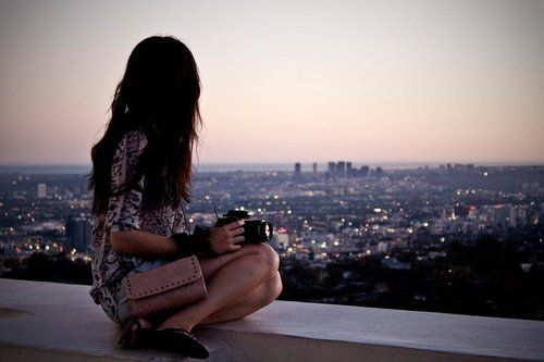 Brunette-camera-citylights-girl-sitting-favim.com-416087_large