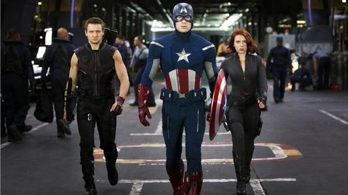 The_avengers_team-1366x768_large