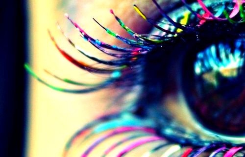 Colorful-eye-lashes-eyes-rainbow-favim.com-417974_large