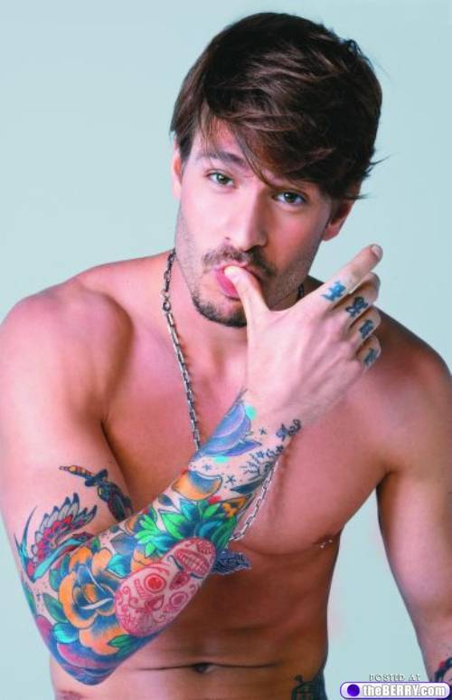 Eye-candy-tattoo-boys-17_large