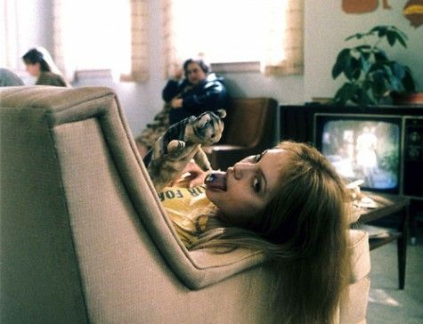 Piccsy :: girl, interrupted