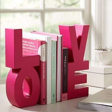 Books-cute-decoration-love-pink-favim.com-419630_large