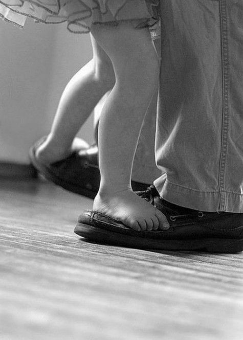 Dancing-with-daddy-189079-475-665_large