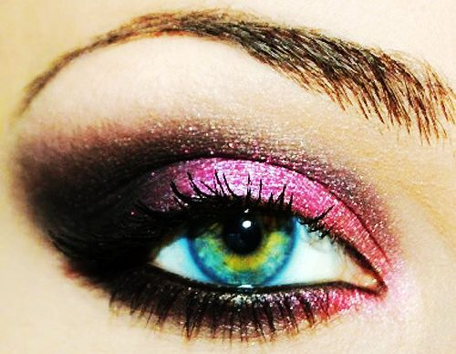 Pink_20eyeshadow-f66389_large