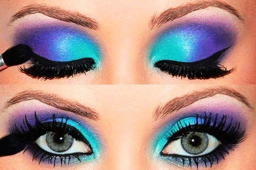 Stunning_20blue_20eyeshadow-f42520_large
