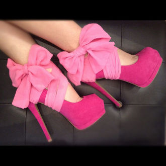 Google Image Result for http://cdn.buzznet.com/assets/users16/annamazing/default/girly-pink-heels-xo--large-msg-132970007487.jpg