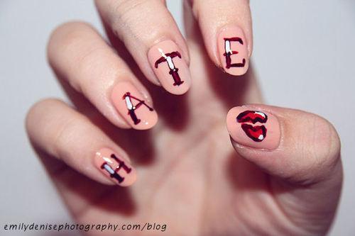 Broken-heart-cute-ginlovers-girly-hate-favim.com-425930_large