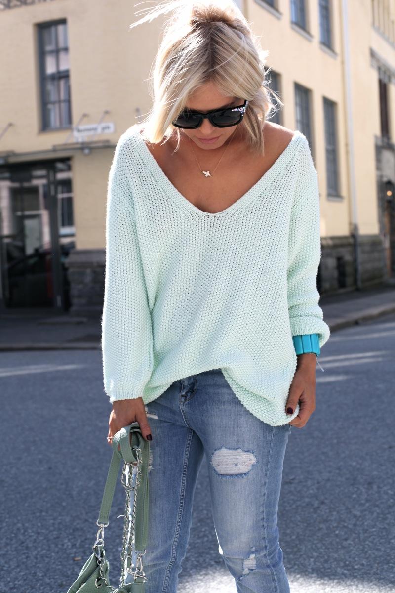 прически со свитером