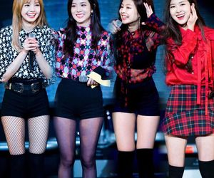 black pink. kpop